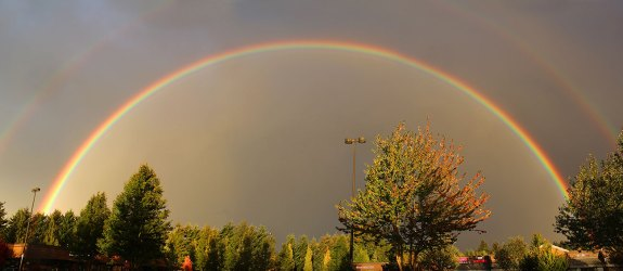A Double Rainbow panorama by Vadim Makoyed
